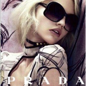 PRADA Butterfly Frame Sunglasses in black